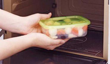 sử dụng hộp nhựa cho lò vi sóng Sharp