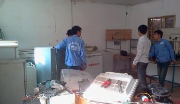tuyển thợ điện lạnh